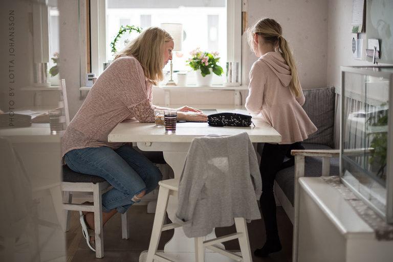 hemmahos_storytelling_lifestyle_barnfoto_helsingborg_barnfotograf_angelholm_skane_hasselblad2